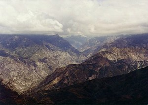 Mountain view of the Kings' Canyon area in California